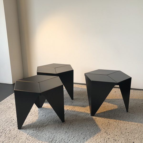PRISMATIC TABLE | Wohntip AG